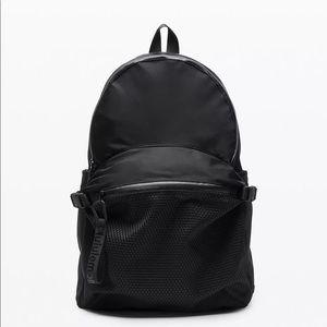 NWT Lululemon full-sized backpack in all black